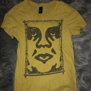 Yellow short sleeve obey shirt 💛